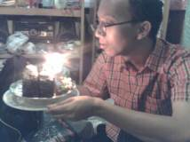 joe 23 bday tiup lilin1